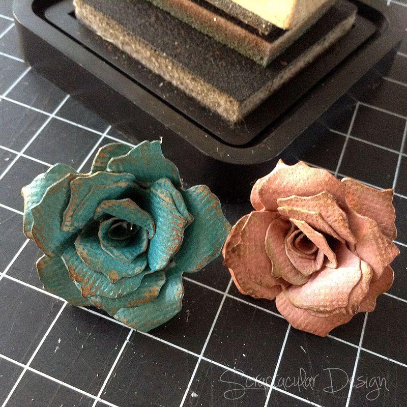 Bloemen maken- Tattered Pine Cone Die Roosjes  Stap 11