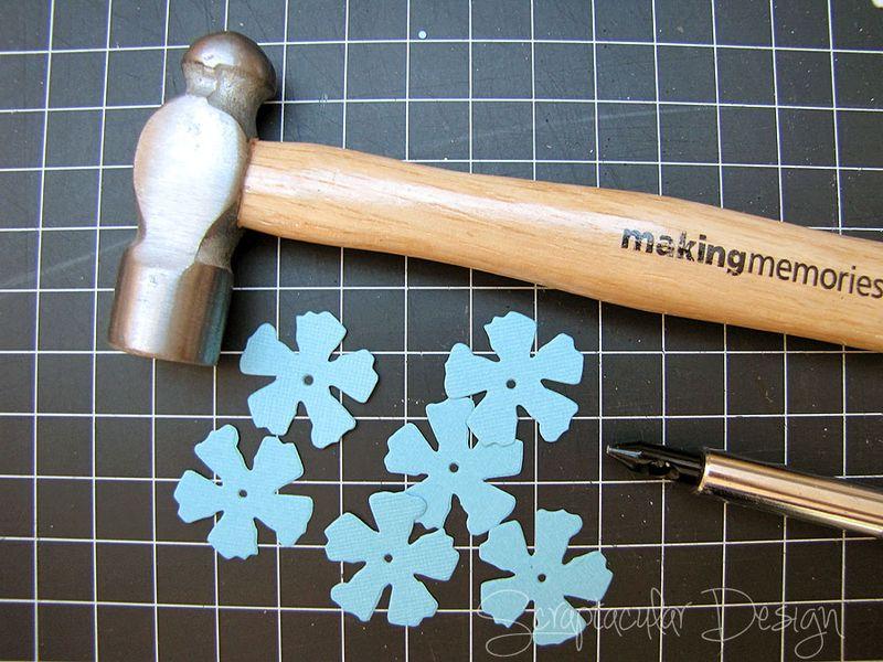 Bloemen maken- Tattered Pine Cone Die Roosjes  Stap 2