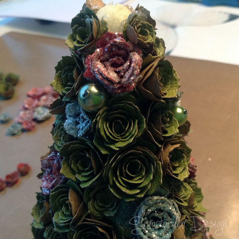 Online Workshop Christmas Ornaments, Sweet Treestap 17